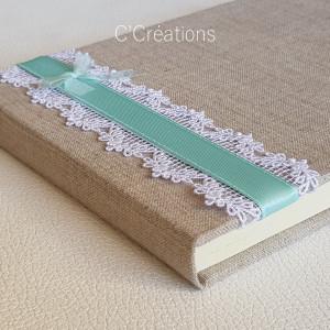 Livre d'or mariage { Lin Pastel } toile de lin, dentelle blanche et satin vert d'eau